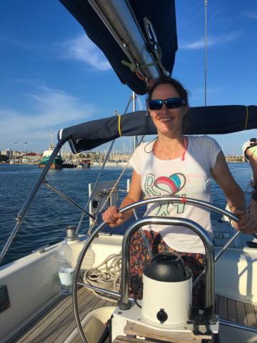 Angie takes charge as we head out of the marina for the first time!